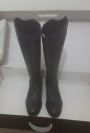 *reduced*Size 5 Standard Leg Black Long Leather Riding Boots