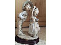 """Florence Guiseppe Armani """"Shy Kiss"""" Figurine Florence Guiseppe Armani"""