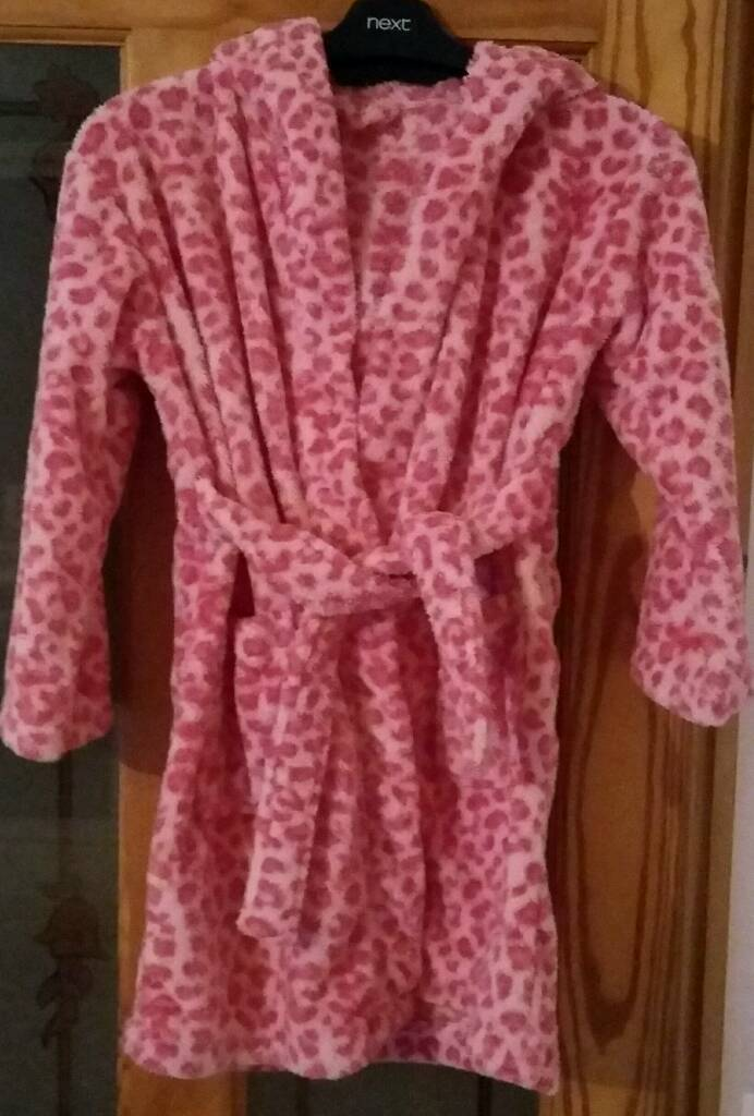 Girls hooded dressing gown age 7-8 years