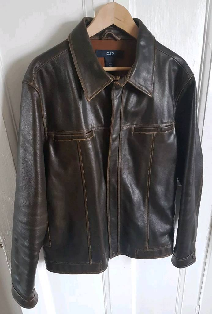Mens brown leather jacket by gapin Dunfermline, FifeGumtree - Lovely brown leather jacket size says M but Id say its more a large Im a 44 chest and fits perfect in lovely condition from smoke free home can post if required