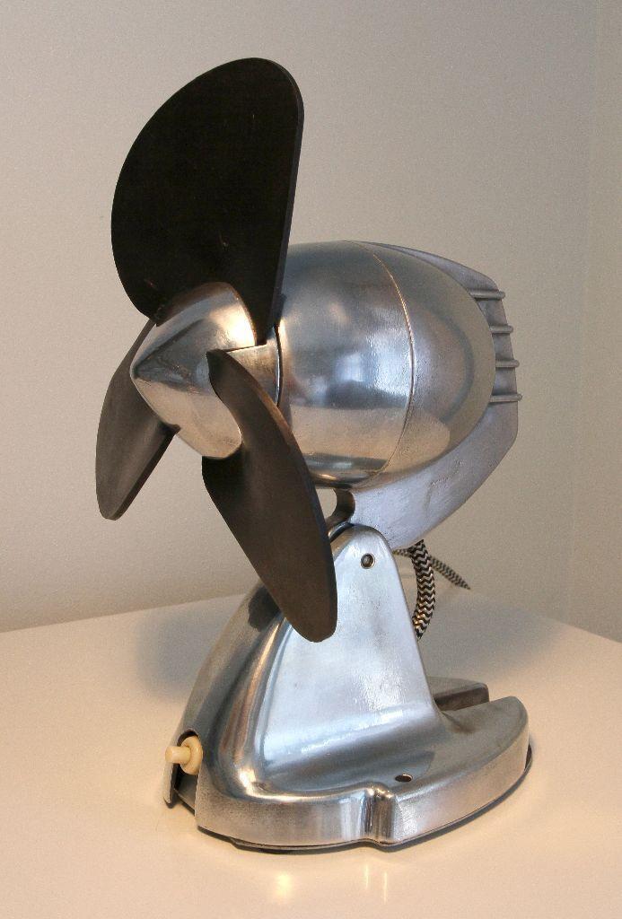 Gumtree Desk Fan : Vintage desk fan gec bullet in hanham bristol gumtree