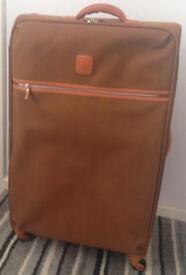 IT suitcase 4 wheels brand new unused x2
