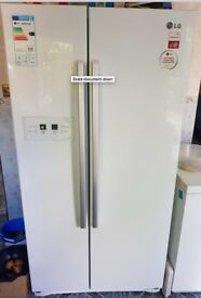 LG Refrigerator - Freezer / Double Doors / White