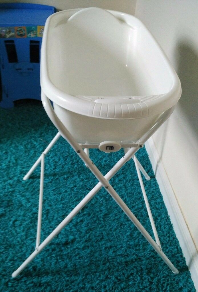 Baby bath with bath stand. As new | in Dundee | Gumtree