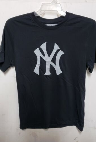 New York Yankees Mens  T-shirts S- M- L- Xl- Xxl -xxxl