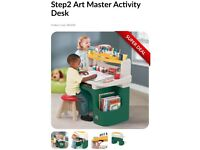 Step2 Artmaster activity desk.