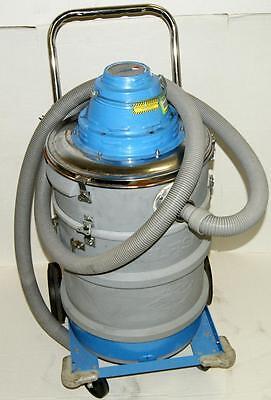 Nilfisk Vt 60 Wet Dry Cleanroom Industrial Vacuum Cleaner