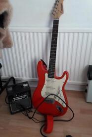 TANGLEWOOD Electric strat guitar Nevada plus Hiwatt amplifier