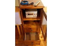 sony hifi unit dhc-md373 mini disc and hifi cabinet ducal and speaker stands