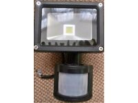 PIR Sensor Motion LED Flood Light Bar 10 watt Cool White Outdoor Security Lamp