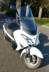 Suzuki Burgman 125 UH125 2016 Lovely Condition 12 months MOT