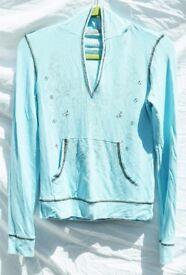 "Jane Norman 14 Ladies Baby Blue Scoop V-Neck Hoody Thin Jumper Sequined Top C33"""