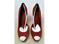 NEW CARVELA PEEP TOE SHOES RED SUEDEE NEW BUCK High Heel Leather Shoes ¾ Cut Style Size 41 PROM