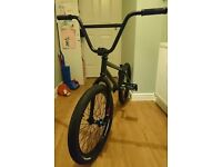 We the people BMX WITH STUNT PEGS *needs gone*