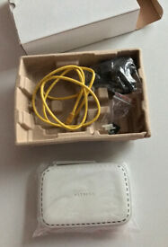 L@@K!!! Great WHITE!!! NETGEAR SUPER WIRELESS Internet ROUTER!! Only £20!! BARGAIN!!!