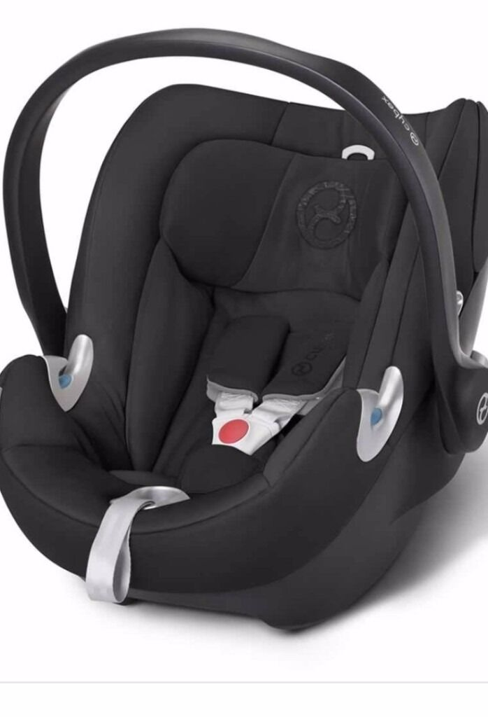 Cybex Aton Q Car Seat Group 0 With Compatible Iso Fix Base
