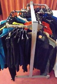 6 Piece Halo Metal Shop Curved Garment Display Clothing Rail System