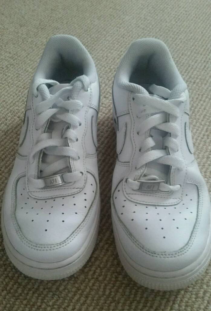 Nike junior /adult trainers size 4
