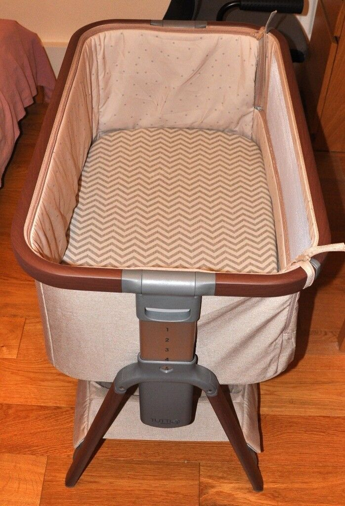 Tutti Bambini Cozee Bedside Crib Travel Cot Fitted