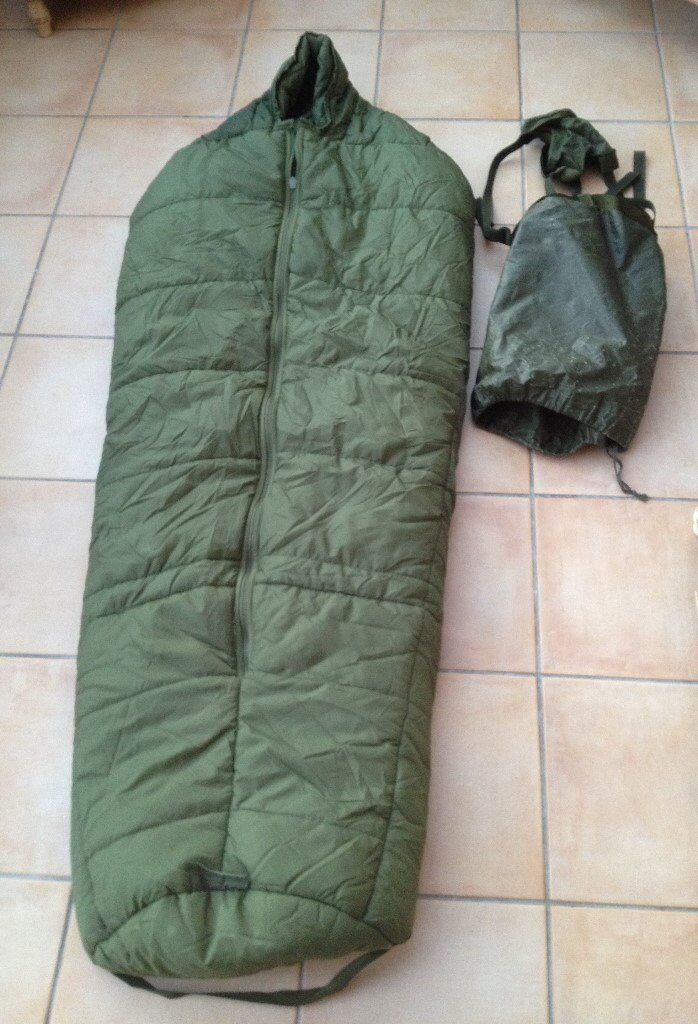 British army arctic sleeping bag with compression sack size medium