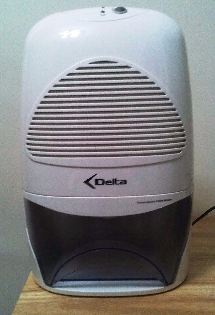 Delta Portable Dehumidifier 500ml Air Dryer Moisture Absorber