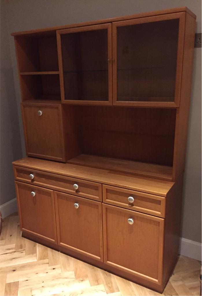 Lovely dresser / display cabinet