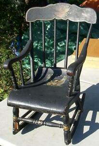 ANTIQUE CHILD'S BOSTON ROCKER-TOLE AMERICAN EAGLE