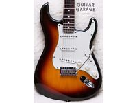 FENDER American Standard Stratocaster guitar 60th Anniversary with tweed case – MINT! CAN POST!