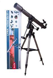 Bresser Telescope Lyra 70/900 EQ-SKY with mount and tripod. Including Philips Astro Box books