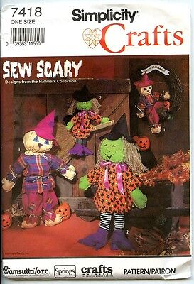 Scarecrow and Witch Dolls - Simplicity Crafts Pattern - 18