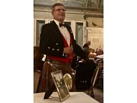 Piper:Professional Bagpiper from Edinburgh. Weddings.welcome piper, private/corporate functions
