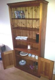Solid pine unit/Dresser