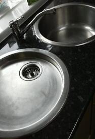 Round kitchen sinks with tap