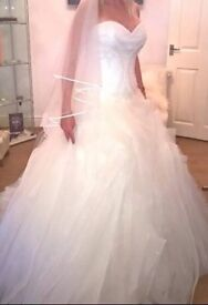 San Patrick Hannaly Wedding Dress