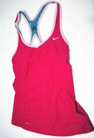 Ladies Nike sports top Size S