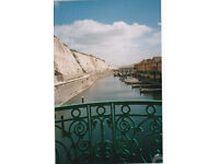 2nd flr 2 bedroom 2 balcony holiday apartment with allocated parking in the heart of the Marina