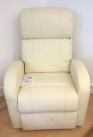 ELECTRIC RECLINER CHAIR WITH HEAT AND MASSAGE IN BONDED LEATHER