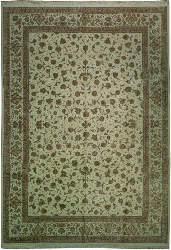 Fine Wool & Silk 10x14 New Handknotted Rug - Ivory