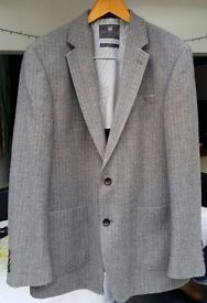 "Mens Light-Weight M&S Collection Pure New Wool Grey Fine Herringbone Jacket 42"" Chest"