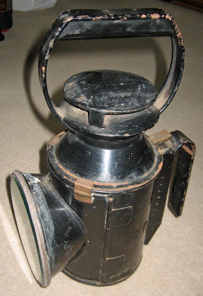 Old BR Railway Hand Lamp with 3 Colours