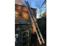 16 rung x 2 ladder, double extension, 2 section extending aluminium ladder
