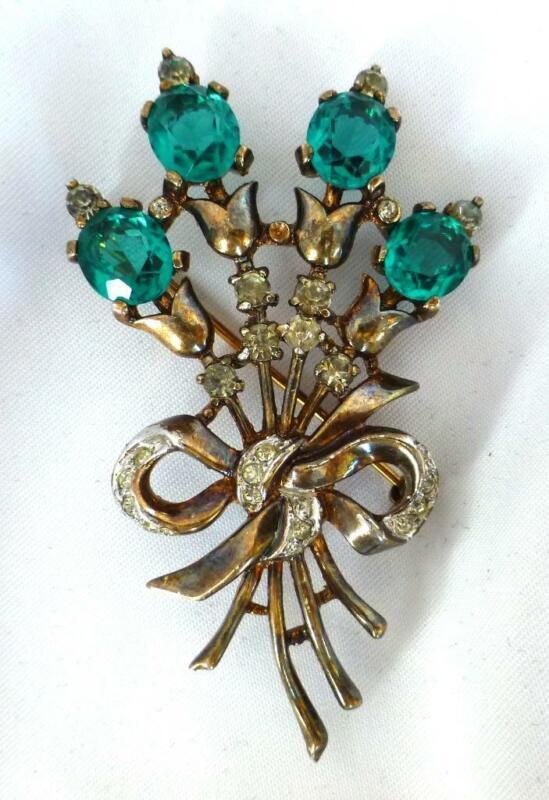 1948 Trifari Sterling Alfred Philippé Emerald And Clear Rhinestone Flower Brooch