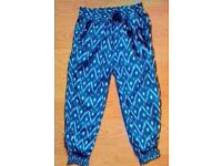 Child Girl's Navy Blue & White Patterned Bottoms.Age 2-3 Years