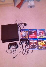 Mint ps4 with 5 games