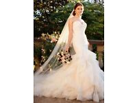 *BRAND NEW NEVER WORN OR ALTERED ESSENSE OF AUSTRALIA WEDDING DRESS SIZE 12