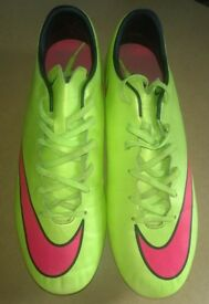 Mens nike mercurial football boots, size10