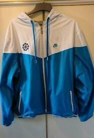 """""""NIKE"""" REVERSIBLE water resistant jacket with hood"""