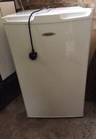 Fridgemaster fridge Small