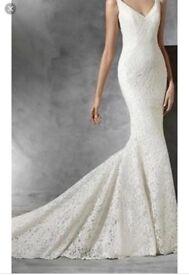 MARICEL PRONOVIAS WEDDING DRESS SIZE 8 *BRAND NEW **