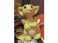 Pocket Dragon Figurine - 1993 - You can't make me - New in box